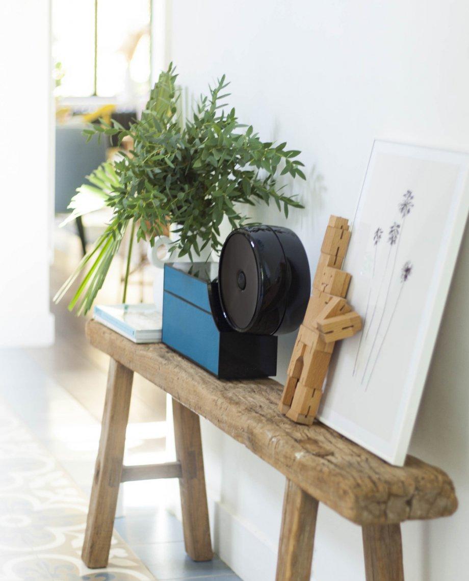Compoz Compositeur cuir contemporain noir bleu parfum ambiance sur mesure amelioration sommeil huile essentielle naturelle