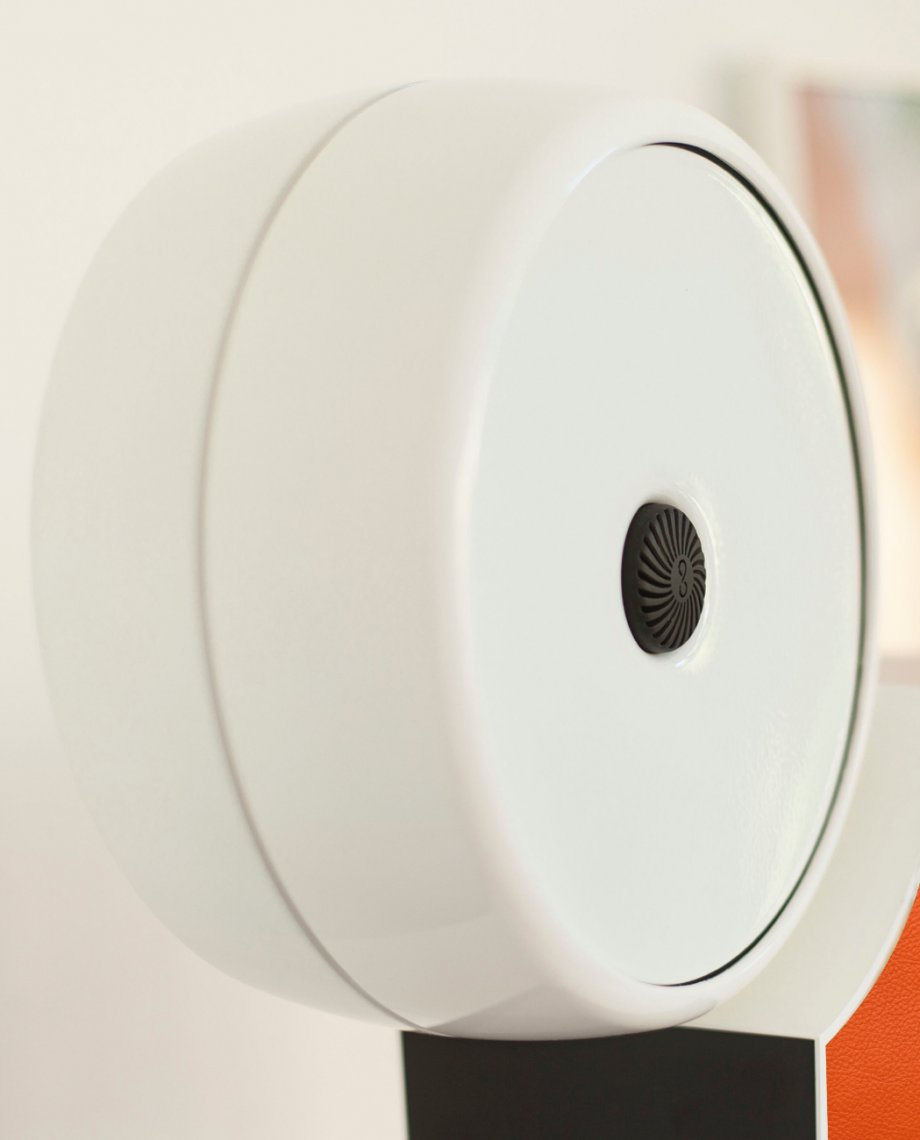 Compoz Parfum Compositeur cuir orange parfum ambiance sur-mesure diffusion saine respect air interieur qualité